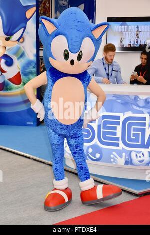 Olympia, London, UK. 9th October, 2018. Sonic The Hedgehog,Brand Licensing Europe,Olympia,London.UK Credit: michael melia/Alamy Live News - Stock Photo