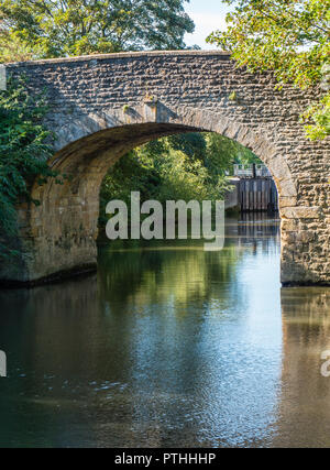 Bridge on Approach to, Culham Lock, River Thames, Oxfordshire, England, UK, GB. - Stock Photo