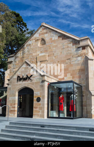 Parlour X,  A women's luxury fashion boutique in Paddington, Sydney. Its a converted old sandstone church now which used to be St Johns Presbyterian C - Stock Photo