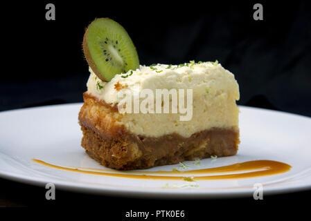 The Volunteer Tavern, kiwifruit cheesecake - Stock Photo