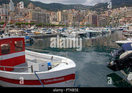 Boats moored in the harbour at Monaco - Stock Photo