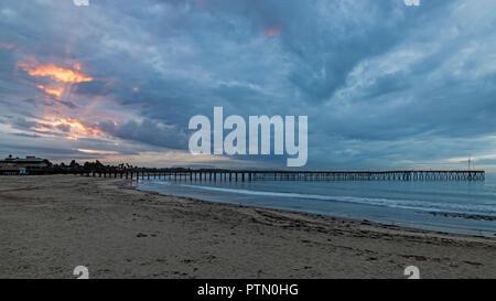 Beach sunrise at Ventura pier - Stock Photo