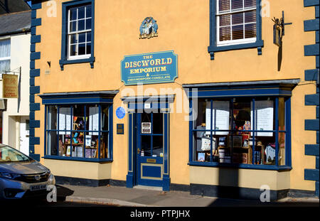 Wincanton, a small town in South Somerset England UK Twinned with Ank Morporkh The Discworld emporium - Stock Photo