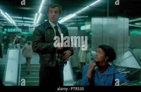 Prod DB © Cerito Films / DR PEUR SUR LA VILLE de Henri Verneuil 1975 FRA Jean-Paul Belmondo. metro parisien; parisian metro; RATP; action; Paris; France; - Stock Photo
