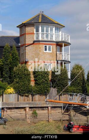 Distinctive waterside building by Faversham creek, Faversham, Kent, England - Stock Photo