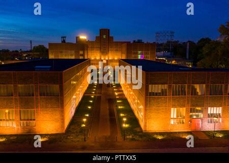 World Heritage Zeche Zollverein in Essen, Halls 5 and 6, behind the Red Dot Design Museum, - Stock Photo