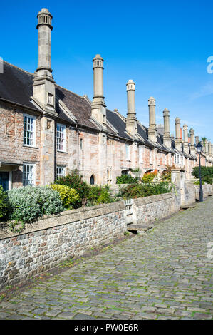 Houses on Vicar's Close in Wells, Somerset, believed to be the only complete medieval street left in England - Stock Photo