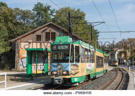 Strassenbahn Schöneiche bei Berlin (Die Strassenbahn Schöneiche bei Berlin ist eine Überlandstrassenbahn östlich in und von Berlin. sie führt vom S-Ba - Stock Photo