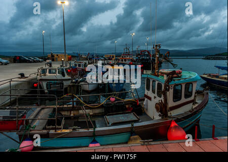 Bantry, West Cork, Ireland. 11th Oct, 2018. Storm clouds approach Bantry Marina in West Cork at dusk. Met Eireann has issued a status Orange wind warning for much of Ireland ahead of Storm Callum arriving tonight. Winds are forecast to reach 130kmh which could threaten 'life and property'. Credit: Andy Gibson/Alamy Live News. - Stock Photo