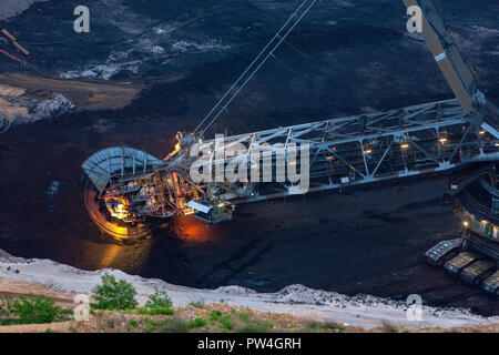 A bucket-wheel excavator used in strip mining. - Stock Photo