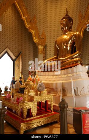 Der goldene Buddha, Weltweit groesste Massivgold-Buddha-Statue, Tempel des Goldenen Buddha, Wat Traimit, Samphanthawong, Bangkok, Thailand, Asien - Stock Photo