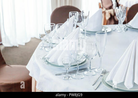 Wedding Table Decoration Folded Napkin Place Card And Crockery