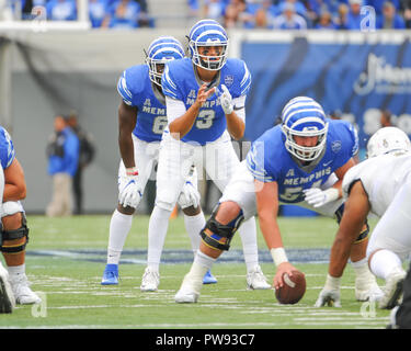 Memphis, TN, USA. 13th Oct, 2018. Memphis Tigers quarterback, BRADY WHITE (3), prepares to take the snap during the NCAA football game between the Memphis Tigers and the Central Florida Knights at Liberty Bowl Stadium in Memphis, TN. UCF defeated Memphis, 31-30. Kevin Langley/CSM/Alamy Live News - Stock Photo
