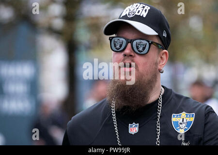 Wembley Stadium, London, UK. 14th Oct, 2018. NFL in London, game one, Seattle Seahawks versus Oakland Raiders; An Oakland Raiders fan Credit: Action Plus Sports/Alamy Live News - Stock Photo