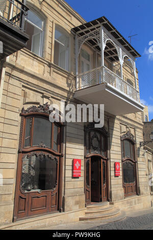Azerbaijan; Baku, Old City, street scene, historic architecture, - Stock Photo