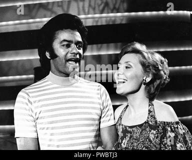 lulu kennedy cairns, johnny mathis, 60s - Stock Photo