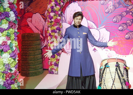 Wax figure of Bollywood actor Shah Rukh Khan at Madame Tussauds museum, Delhi - Stock Photo