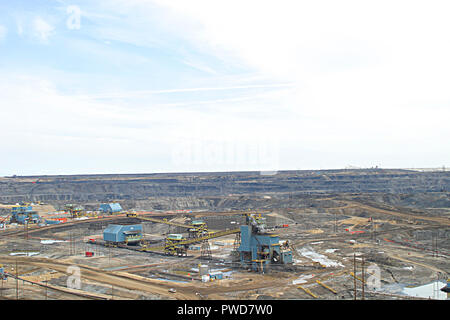 OIL SANDS, Tar Sands, Fort McMurray Alberta, Canada. The world's largest petroleum resource basin. - Stock Photo