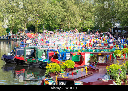 Canalway Calvalcade festival on The Grand Union Canal, Little Venice, Maida Vale, City of Westminster, Greater London, England, United Kingdom - Stock Photo