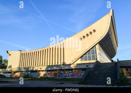 Vilnius Palace of Concerts and Sports, a large disused building by the Neris river - Stock Photo