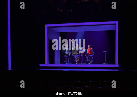 London, UK. 15th Oct 2018. Photocall: Company at Gielgud Theatre, London, UK. 15 October 2018. Credit: Picture Capital/Alamy Live News - Stock Photo