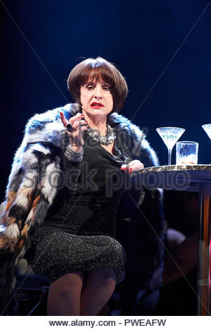 London, UK, 16th Oct 2018. Company, a Musical Comedy, Music and Lyrics by Stephen Sondheim, book by George Furth. Directed by Marianne Elliott. With Patti Lupone as Joanne. Opens at The Gielgud Theatre on 17/10/18. CREDIT Geraint Lewis EDITORIAL USE ONLY Credit: Geraint Lewis/Alamy Live News - Stock Photo