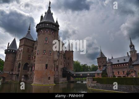 De Haar, the biggest castle in Netherlands - Stock Photo
