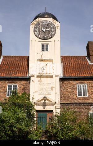 UK, England, Tyneside, Newcastle upon Tyne, City Road, 1701 Keelmen's Hospital - Stock Photo