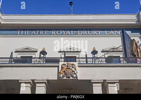London, Covent Garden .  The Theatre Royal, Drury Lane, showing the central section of the frontage of 1812. - Stock Photo