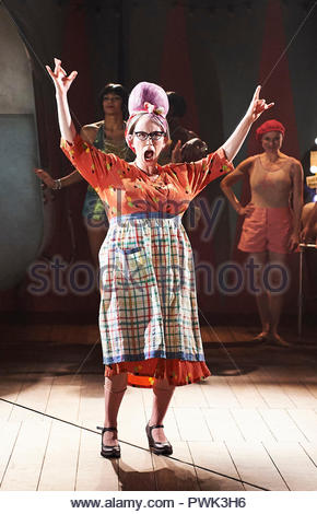London, UK. 15th October, 2018. Wise Children by Angela Carter, adapted and directed by Emma Rice. With Katy Owen as Grandma Chance.Opens at The Old Vic Theatre on 19/10/18. CREDIT Geraint Lewis EDITORIAL USE ONLY Credit: Geraint Lewis/Alamy Live News - Stock Photo