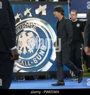 Paris, France. 16th Oct, 2018. firo: 16.10.2018, Football, Lander: National Team, Season 2018/2019, Nations League France, France - Germany, Germany coach Joachim Low | usage worldwide Credit: dpa/Alamy Live News - Stock Photo