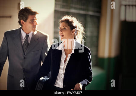 View of a couple in a conversation. - Stock Photo