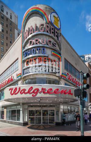 Art moderne Walgreens on Canal Street in downtown  New Orleans - Stock Photo