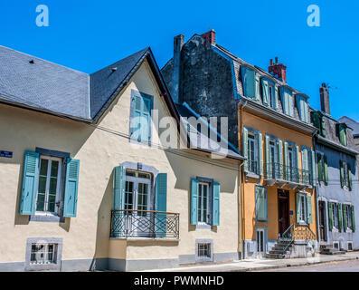 France, Occitanie region, Hautes-Pyrenees, spa town of Bagneres-de-Bigorre, houses - Stock Photo