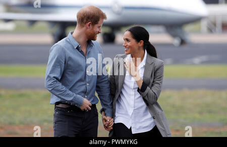 The Duke and Duchess of Sussex arrive at Dubbo airport, in Australia, on the second day of their tour to the country. - Stock Photo