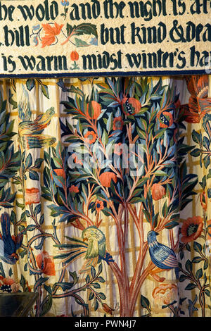 UK, England, Oxfordshire, Kelmscott Manor, William Morris' bedroom, wool embroidered bed hanging, textile design by May Morris - Stock Photo