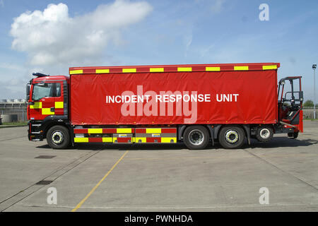 Incident response Unit, fire appliance, decontamination and equipment support - Stock Photo