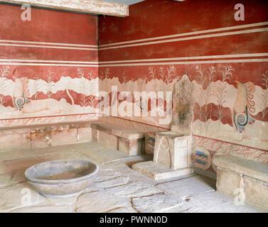Greece, Crete. Palace of Knossos (1700-1450 BC). Throne Room, 15th century BC. - Stock Photo