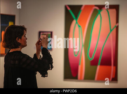 London, UK. 17th Oct, 2018. The Affordable Art Fair autumn edition is back in Battersea Park with its original and contemporary artworks, National and International, Paintings, prints photography and sculptures@Paul Quezada-Neiman/Alamy Live News Credit: Paul Quezada-Neiman/Alamy Live News Stock Photo