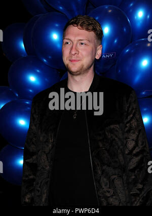 London, UK. 17th October, 2018. Joe Lycett attending the COMPANY at The Gielgud Theatre in London Wednesday 17th  October 2018 Credit: Peter Phillips/Alamy Live News - Stock Photo