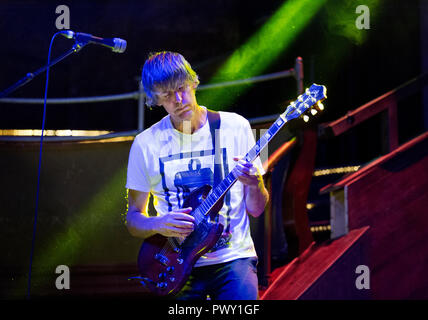 London, UK. 17th October, 2018. US indie rock band Stephen Malkmus and the Jicks in concert at the Albert Hall, Manchester, UK. Malkmus is a former member of the celebrated alternative rock band Pavement, but he has now performed with his new band The Jicks for several years. Credit: John Bentley/Alamy Live News - Stock Photo