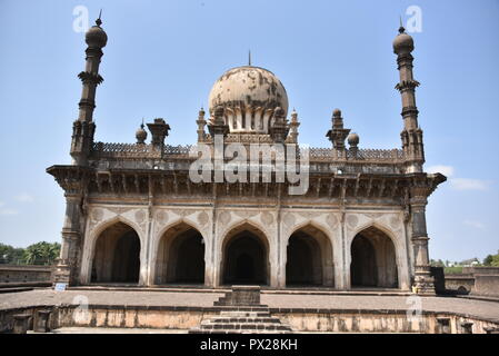 Ibrahim Rauza Tomb, Bijapur, Karnataka, India - Stock Photo