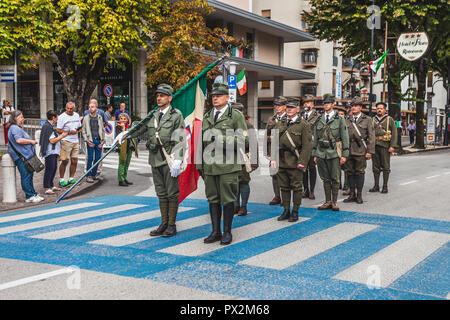 VITTORIO VENETO, ITALY - SEPTEMBER 23 2018: Historical reenactment with people dressed as italian soldiers of first world war - Stock Photo