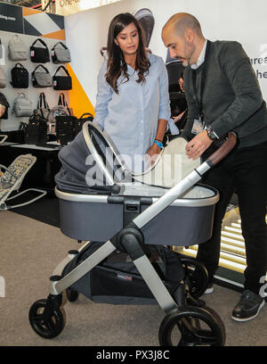 London Uk 19 October 2018 Tyla Carr Former Love Island contestant model from Surrey visiting The Baby Show in the Olympia center today ,billed as ' The UK's favourite shopping event for new and expectant parents' with the presence of the biggest name in the high street to the biggest name in celebrities parents Credit: Paul Quezada-Neiman/Alamy Live News - Stock Photo