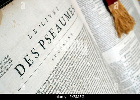 Old bible in French, 1669.  Old Testament. Wisdom book.  Psalms. - Stock Photo