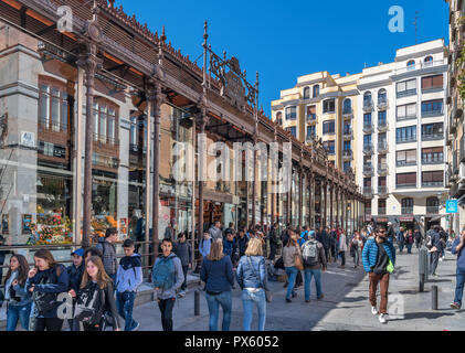 Mercado de San Miguel (San Miguel Market), Madrid, Spain - Stock Photo