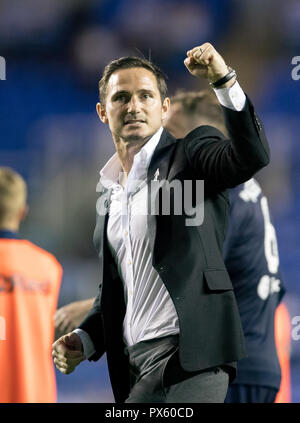Derby County Manager Frank Lampard celebrates his teams win during the Sky Bet Championship match between Reading and Derby County at the Madejski Sta - Stock Photo