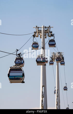 Emirates Air Line Cable Cars and Gondola Lift, Greenwich, London, England, UK - Stock Photo
