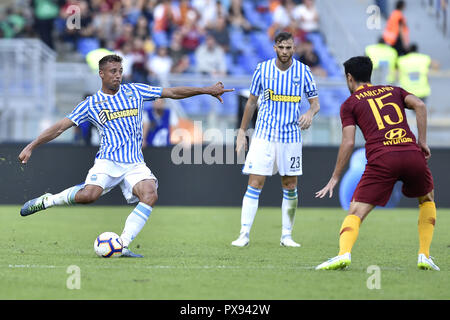 Rome, Italy. 20th Oct, 2018. Thiago Cionek of Spal during the Serie A match between Roma and Spal at Stadio Olimpico, Rome, Italy on 20 October 2018. Photo by Giuseppe Maffia.  Editorial use only, license required for commercial use. No use in betting, games or a single club/league/player publications. Credit: UK Sports Pics Ltd/Alamy Live News - Stock Photo