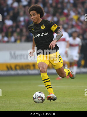 Stuttgart, Germany. 20th Oct, 2018. 20 October 2018, Germany, Stuttgart: Soccer: Bundesliga, VfB Stuttgart - Borussia Dortmund, 8th matchday in the Mercedes Benz-Arena. Dortmund's Axel Witsel. Credit: Marijan Murat/dpa - IMPORTANT NOTICE: DFL an d DFB regulations prohibit any use of photographs as image sequences and/or quasi-video./dpa/Alamy Live News - Stock Photo